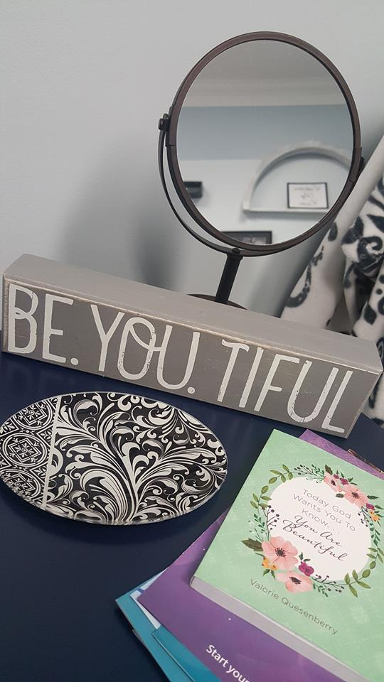be.you.tiful beautiful sign